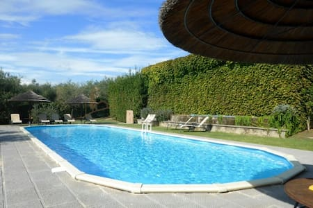 Brigidino with pool & tennis court - Haus