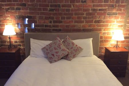 Charming converted stables - Maldon - Apartment