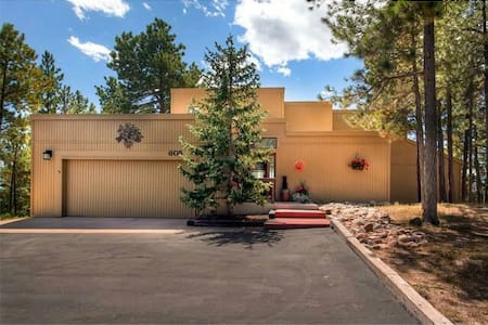 N. Colorado Springs Retreat (golf/bike/hike/swim) - Maison