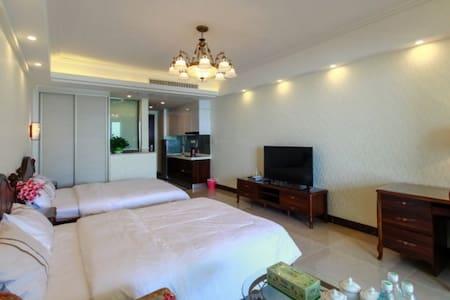 北海圣淘沙海景公寓--高层豪华海景双床房 - Apartment