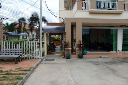 Modern apartments in Songkhla  - Huis