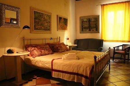 B&B Alveare Azzurro a Certosa di Pavia - Certosa di Pavia - Bed & Breakfast