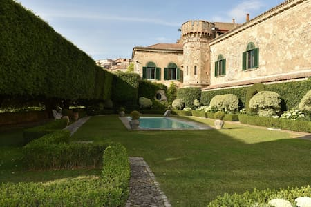 Merveilleux Palazzo Italien, chateau de charme - Fragneto Monforte - Castle
