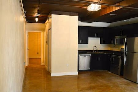 Modern Concept Loft - 아파트
