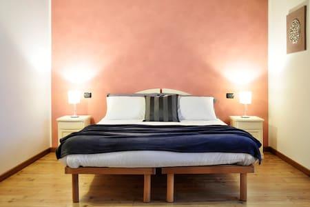 """doppia o tripla """"TIARE"""" con bagno - Povoletto - Bed & Breakfast"""