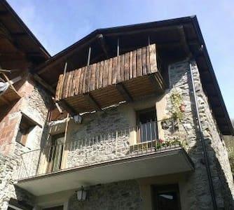 Valtellina,Berbenno di Valtellina - Haus
