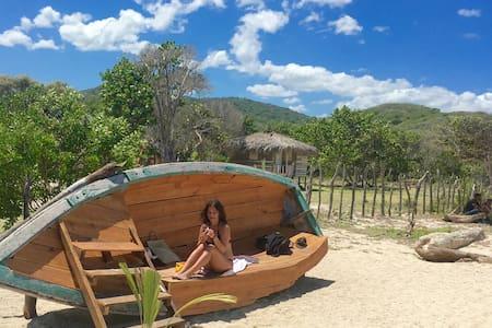 Buen Hombre Kite and Beach Camping , Dom. Republic - Kabin