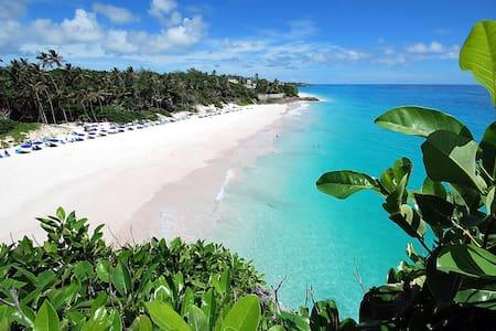 Crane Beach Resort - Apartamento