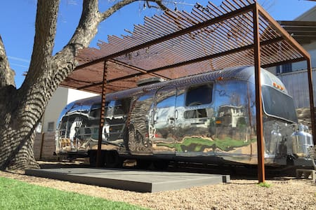 1969 Airstream Guest House
