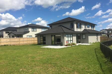 B3 KARAKA LAKES - A RELAXING GETAWAY (1 x ROOM) - Auckland - Casa