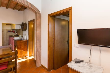 Charming flat in medieval village - Apartment