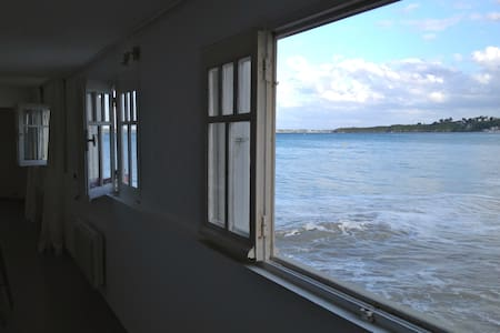 Appartement sur la plage, les pieds dans l'eau - Wohnung