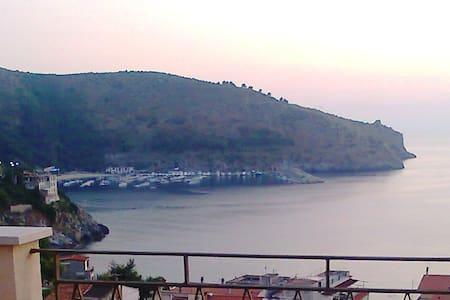Appartamento panoramicissimo al centro di Palinuro - Centola - Apartment