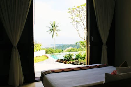 B & B - Villa Cantik - The Hill - Senggigi - Bed & Breakfast