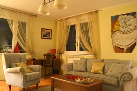 Charming apartment in Tuzla - Wohnung