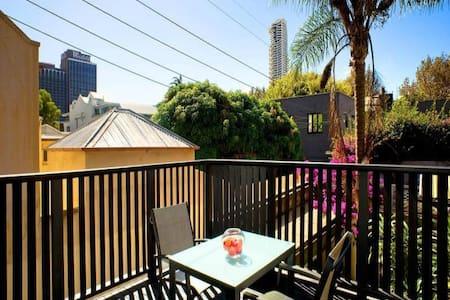 Glamorous room in Sydney - Riley - Darlinghurst - House