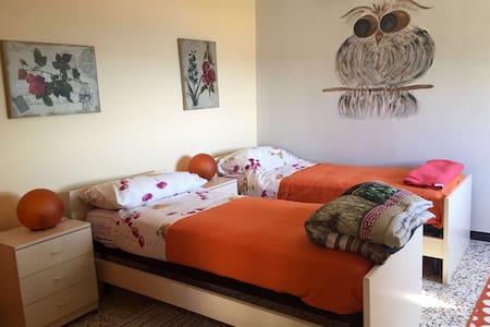 Appartamento bilocale in villa - Finale Ligure