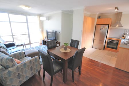 5 Star - 2 Bdrm Inner Nth City Apt - Appartamento