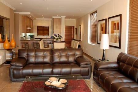 Bedford Centre Apartments - Germiston - Apartment