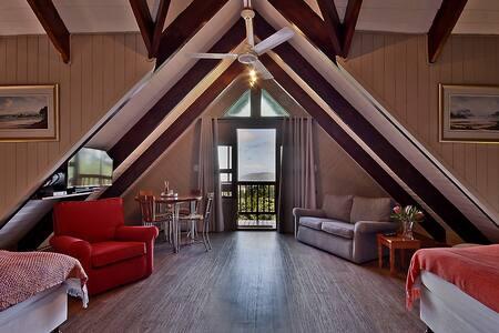 Cosy forest loft apartment - Knysna - Loft
