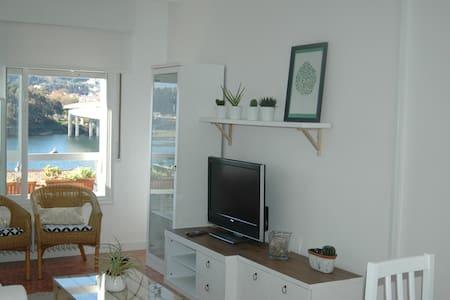 APTO EN PONTEVEDRA VISTAS A LA RIA - Pontevedra - Apartament