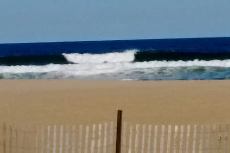 Asbury Park Beach (2 blocks to Beach) - Asbury Park - Apartment