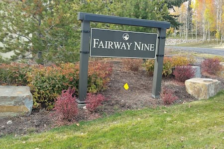 Warm and Inviting Fairway Nine Condominium - Sun Valley  - コンドミニアム