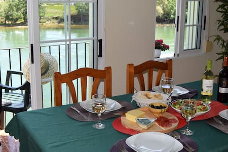 Family-sized flat with river views - Móra d'Ebre - Pis
