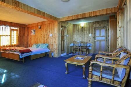 North Moon Home Stay (Shimla) - Villa