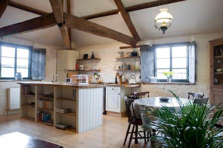 Idyllic barn in East Devon - Budleigh Salterton