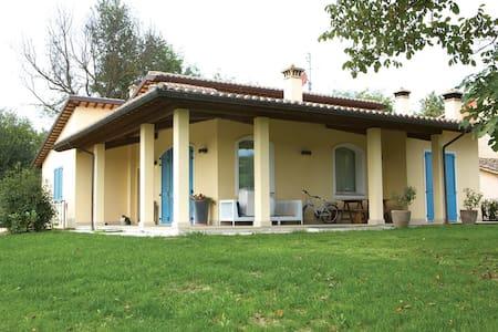 Colle, private villa with pool - Acqualagna - Villa