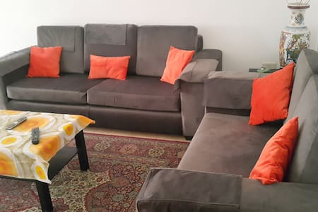 Nice quite apartment in Weibdeh - Amman - Apartment
