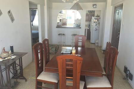 Affordable private room and bath. - Salinas - Apartment