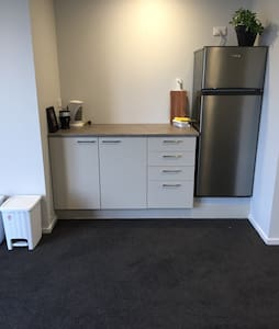 Self contained private studio - Queenstown - Apartment