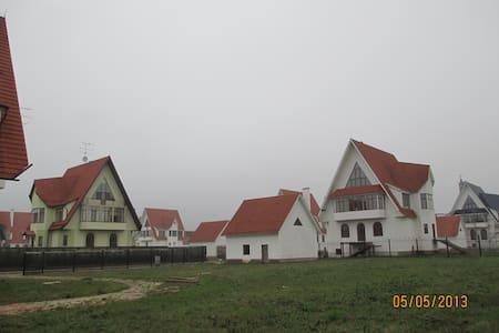 домик в деревне - Lejlighedskompleks