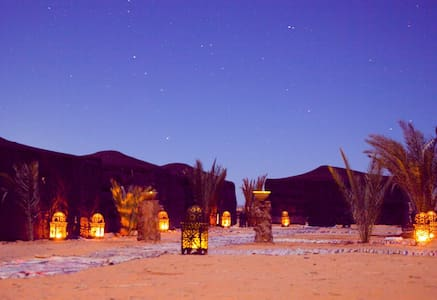 Luxury Sahara desert bivouac camp - Bed & Breakfast