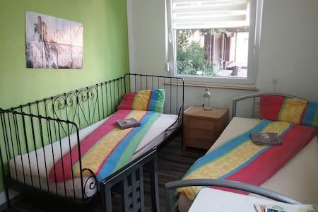Helle Wohnung in Weinbaugemeinde - Lägenhet