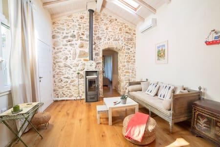 Cosy eco cottage in Liapades Corfu  - Corfu - House