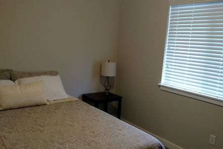 Clean and Comfy Room Tacoma/Spanaway - Maison