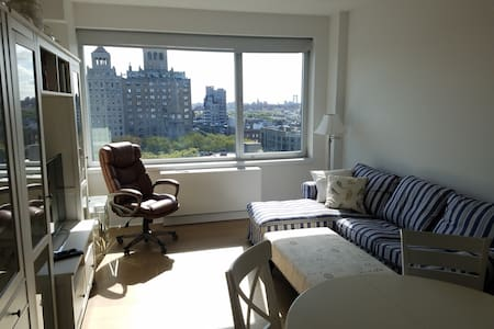 Luxury Union Square 1 Bedroom on Penthouse Floor - Apartment