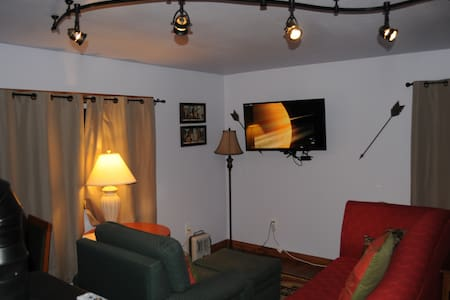 Yellowstone Self Cater XL Studio - Apartment