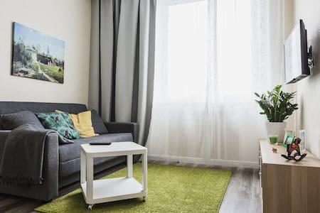 Солнечная квартира рядом с центром - Moskva - Wohnung