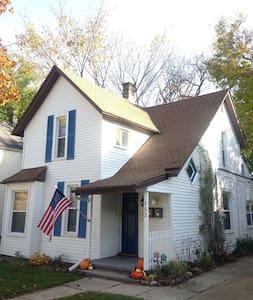 152 Langdon - Grand Rapids - House