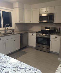 **Renovated 3bed/2.5bath for RNC** - Casa