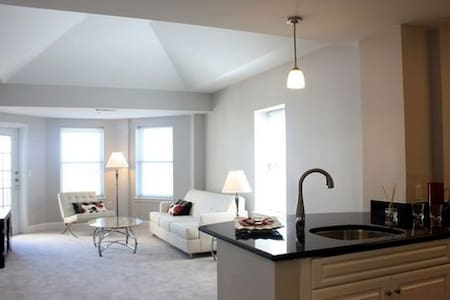 Luxury 2 Bedroom Marina Bay Condo - アパート