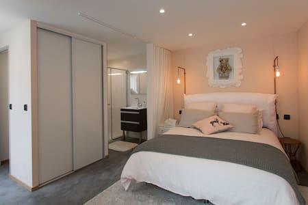 Chambres d'hôtes à Thiverval - Thiverval-Grignon - House