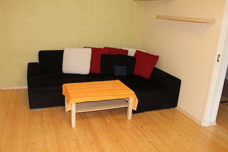 Warm and cozy apartment in pine forest - Tallinn - Appartamento