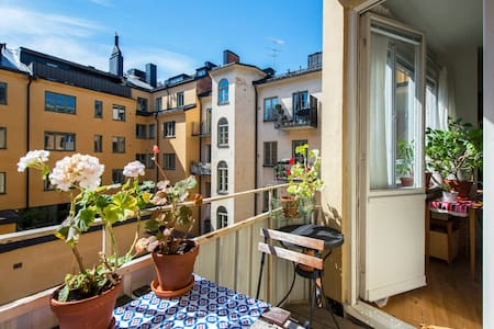 Cozy and central flat on Södermalm - Stockholm - Apartment