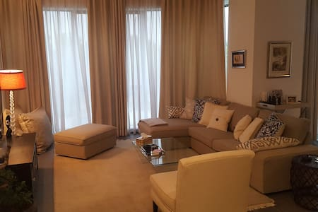 Room in luxurious apartment on sea side Salmiya - Apartment