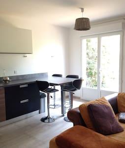 Beau Studio de 24 m2 - Dom